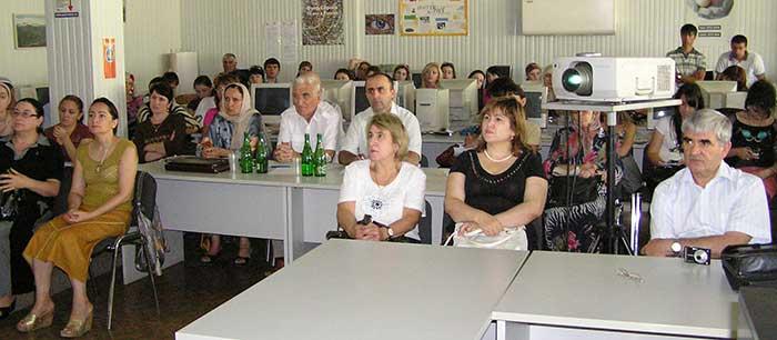Коллектив докторов клиник г. Махачкалы активно принимает участие в дискуссиях по вопросам назначения статинов и препаратов желчных кислот, а также во множестве других областей.